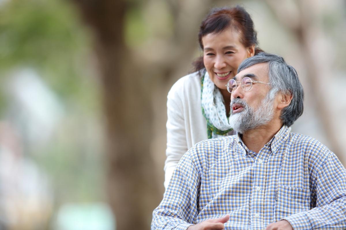高齢夫婦の写真